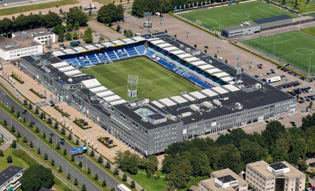 Stadion PEC Zwolle komt mede door Solid Finance B.V. weer in Zwolse handen